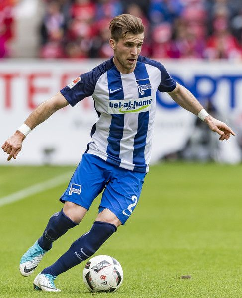 Peter Pekarik of Hertha BSC in action during the Bundesliga match between 1. FSV Mainz 05 and Hertha BSC at Opel Arena on April 15, 2017 in Mainz, Germany.