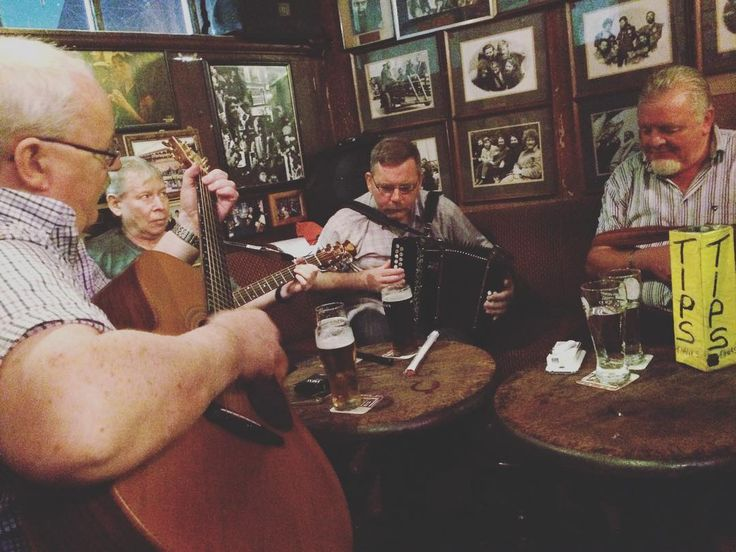 O'Donoghue's Pub in Dublin. As seen during our Ireland trip (link in bio). #contourairse #litemeravallt #pin #rundresa #paketresa #resebyrå #researrangör #örebro #bokaresa #irlandsresa #olleunenge #pelleblohm