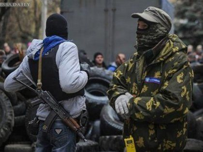Ukraine News: Terrorists demand 300 automatic rifles for two cap...