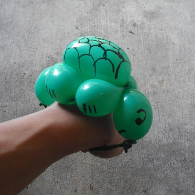 How To Make A Turtle Balloon Bracelet