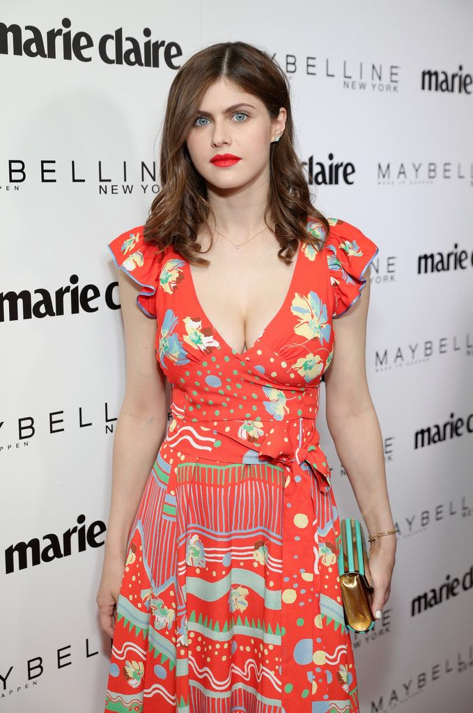 Alexandra Daddario Photos Photos - Marie Claire Celebrates 'Fresh Faces' with an Event Sponsored by Maybelline - Arrivals - Zimbio