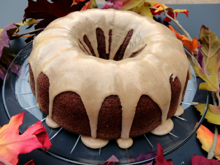 Yes!  Another wacky cake!  I'm on a roll.  :)  (If you're new to my blog and have no idea what a wacky cake is, I explain that here.)  I've been hanging onto a Wacky Spice Cake recipe that my frien...