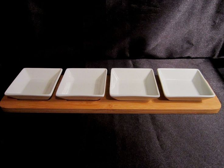 NWOT 5 PC SERVING SET - Includes 4 Appetizer/Dipping Bowls and Bamboo Tray #Unbranded $16.99