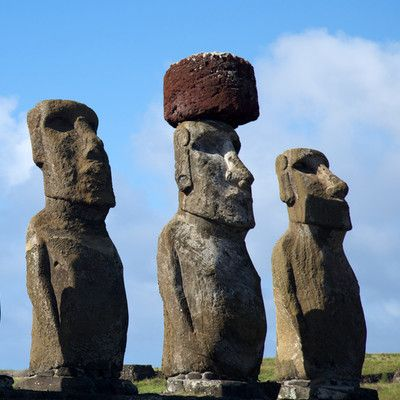 Which direction are Easter Island moai facing? Inland! There is only one ahu (group of statues), Ahu Akivi, with moai facing the ocean. It is unusual also by being one of the few inland ahus. At all other ahus (including all coastal ones) moai face inland.