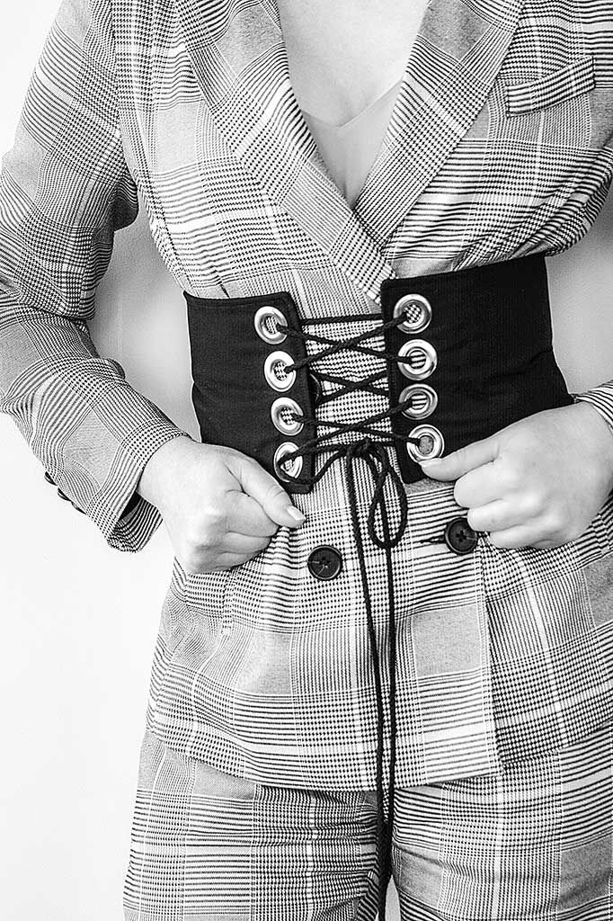 HOW TO MAKE YOUR OWN SIMPLE CORSET BELT