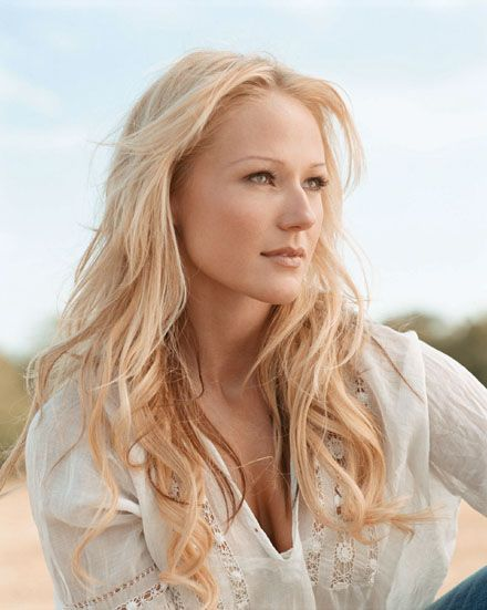 I've always love Jewel and always will, even though I'm not a big fan of her new country sound.