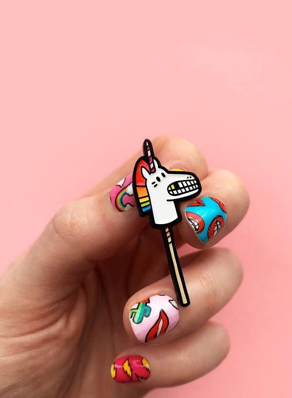 Hobby horse, enamel pin