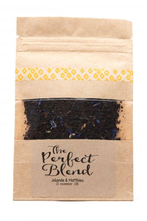 The perfect blend! Zakje wordt naar wens gevuld met thee of koffie. #trouwbedankje