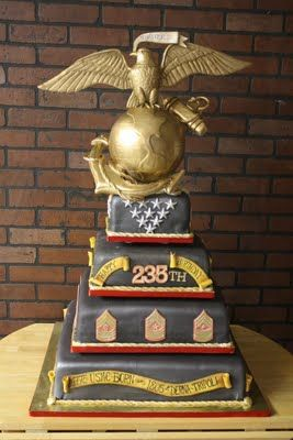 Memorial Day Cake...That entire gold topper is made of edible sugar paste and fondant. Wow.