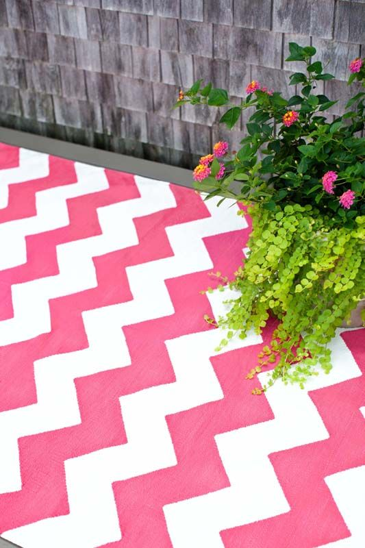 Love The Fuchsia #chevron Rug!