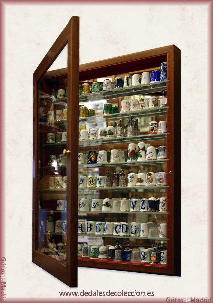 8 best vitrinas para dedales images on pinterest - Vitrina para colecciones ...