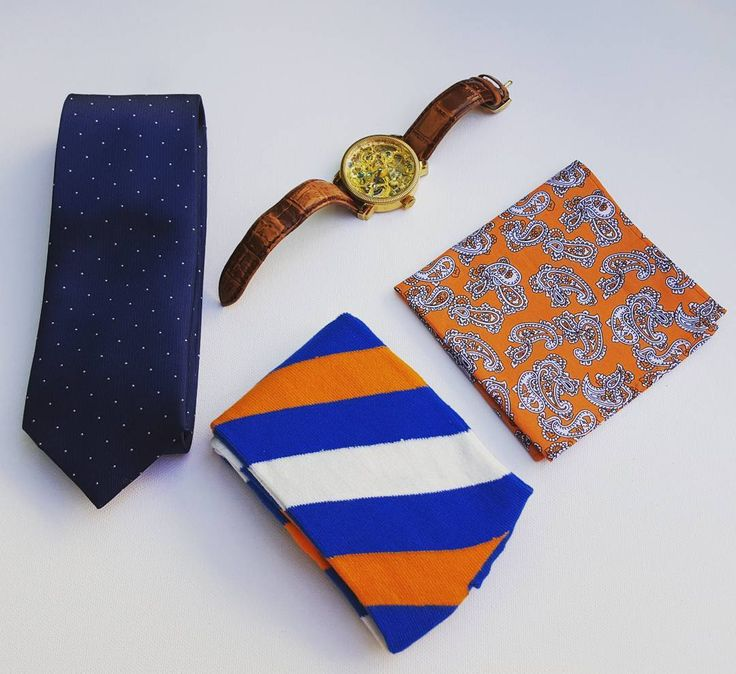 On a cloudy Thursday a little pop of orange goes a long way. #pocketsquare #whichcolourareyou  #edc #everydaycarry #orange #yourstyleawaits #yycstyle #tiesandsocks #canadafashion #mensfashion #mensstyle #mensaccessories