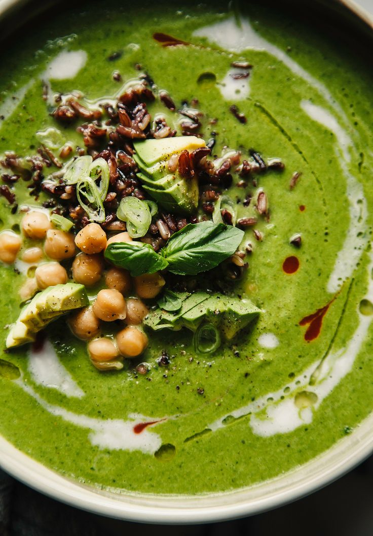 Coconut green soup with celery, kale and ginger #vegan - The First Mess