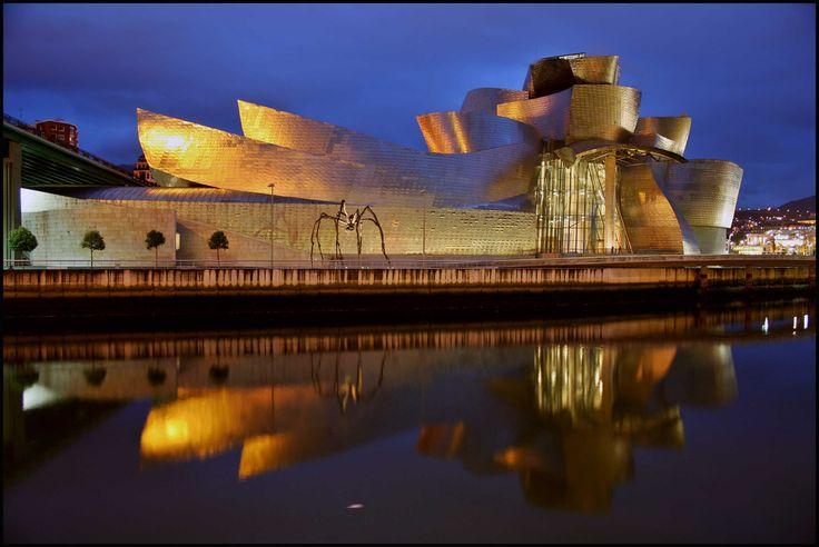 Guggenheim Museum: Bilbao, Spain