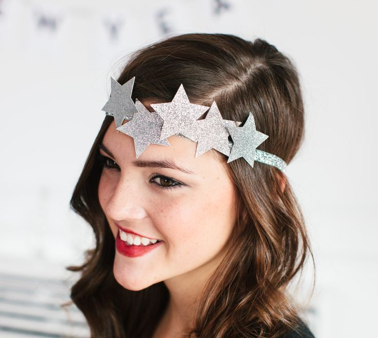 Silver star headband by The TomKat Studio. Make It Now in Cricut Design Space