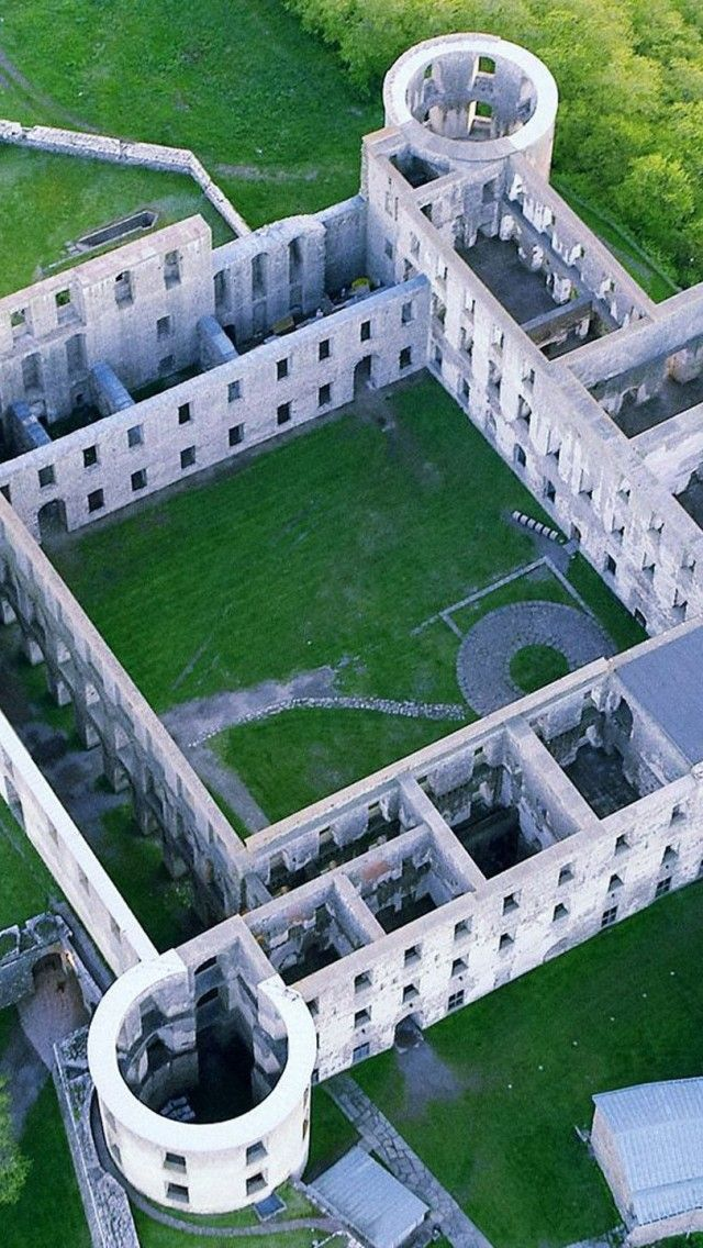 Borgholm-Castle-Oland-Sweden