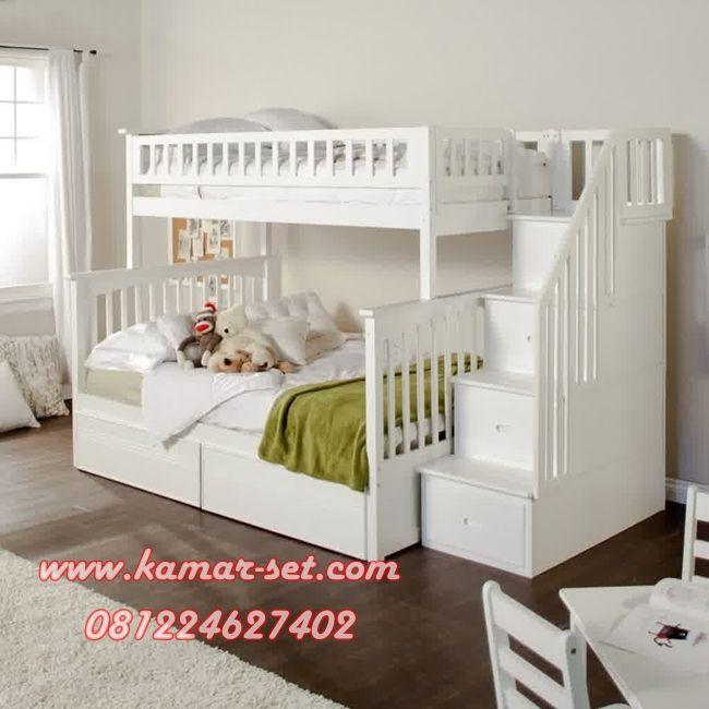 Desain Tempat Tidur Tingkat Tangga Laci KSTTT-12 Model Terbaru Warna Putih Duco Tempat Tidur Tingkat Tangga Laci KSTTT-12 – Berikut adalah model kamar tidur tingkat untuk anak laki-laki dan perempuan yang bisa di jadikan refrensi dalam mengisi interior kamar tidur anak anda.Modelnya yang minimalis dan simple dengan andalan tangga berlaci yang bisa di fungsikan untuk …