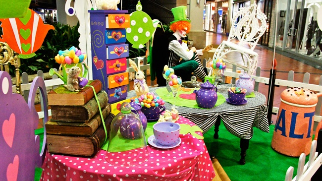 Madhatter Tea Party Set Up. Decor available for rental.