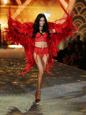 Victoria's Secret Angel Adriana Lima shares her get-fit routine