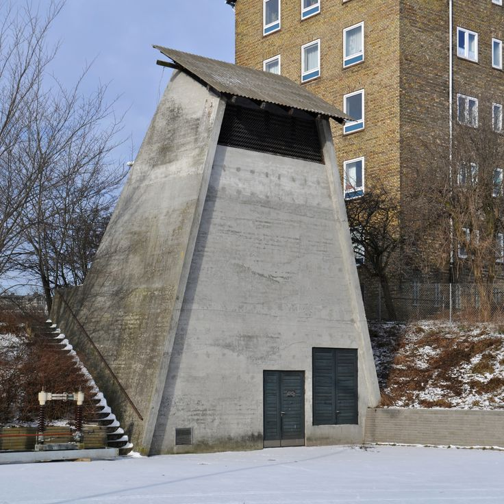 gas pressure regulator building at bellahøj transformer station, 1967-1968. architect: hans chr. hansen