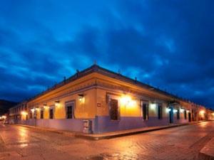 #Hotel Holiday Inn en San Cristóbal de las Casas, #Chiapas, de estilo colonial.
