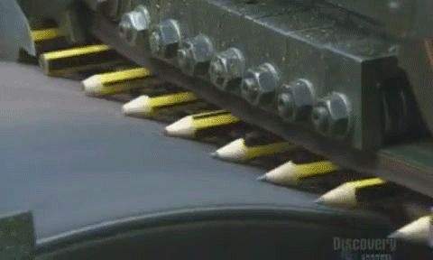 ADDICTIVE vid on how pencils are sharpened