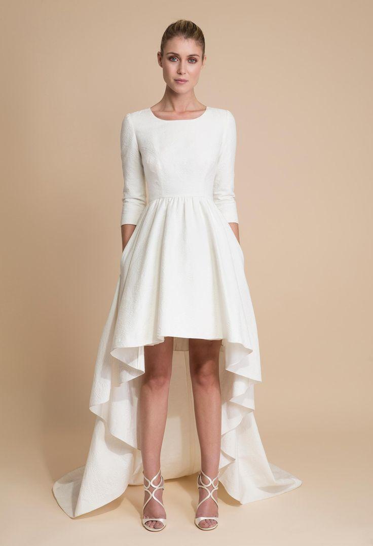 Robe de mariée courte avec traine - Delphine Manivet