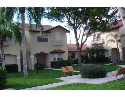 Townhouse For Sale , 10834 Nw 8th St No 10834, MLS: A1597494 http://www.miamirealestatetrends.com/townhouse/for-sale/pembroke-pines/10834-nw-8th-st-no-10834-miami-fl-a1597494.html