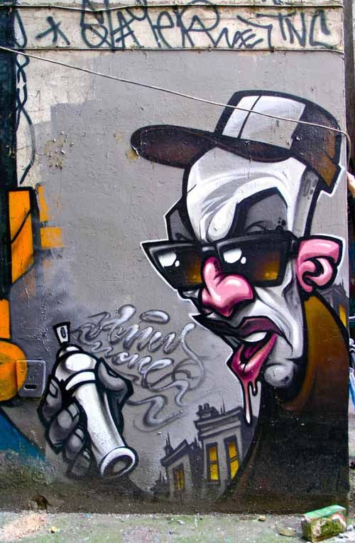 Graffiti-artwork- https://www.etsy.com/shop/urbanNYCdesigns?ref=hdr_shop_menu