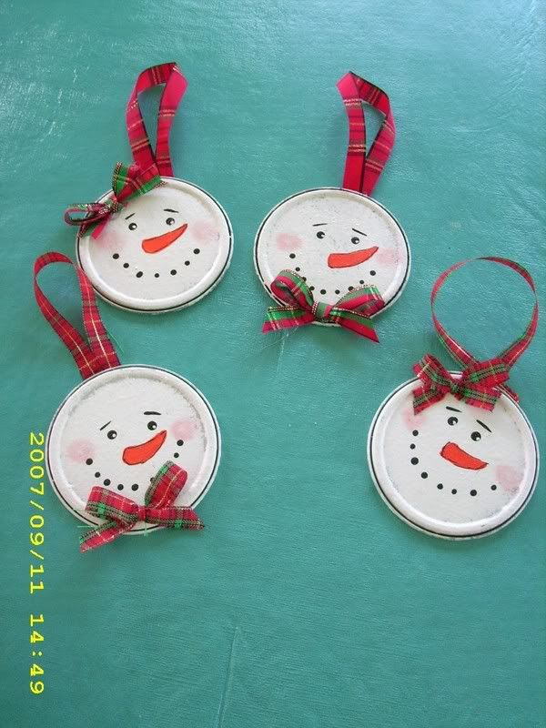More tin can ornaments: Christmas Vans, Vans A, Crafts Ideas, Christmas Crafts, Snowman Ornaments, The Christmas Tree, Canning Lids, Tins Cans, Christmas Ornaments