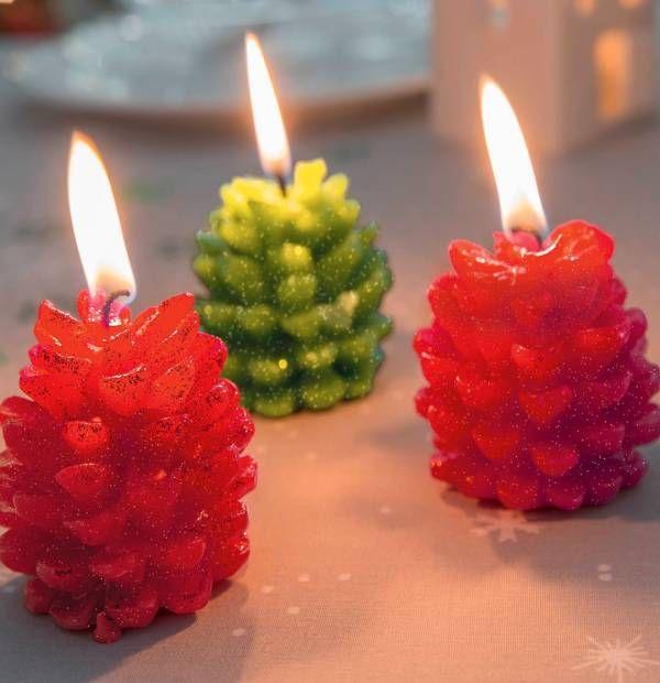 3 bougies Pommes de pin