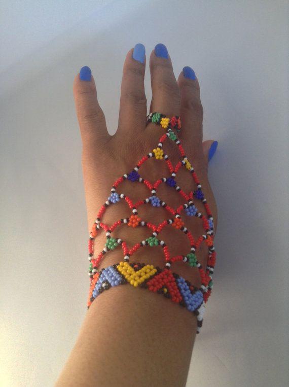 Zulu beaded hand / slave bracelet