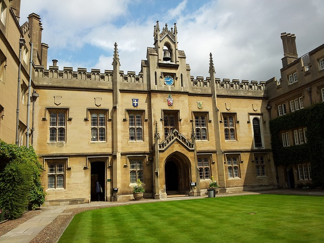 Sidney Sussex College, Cambridge. Founded 1596. Attended by Matthew Beverley July 6 1653 age 18. BA 1656