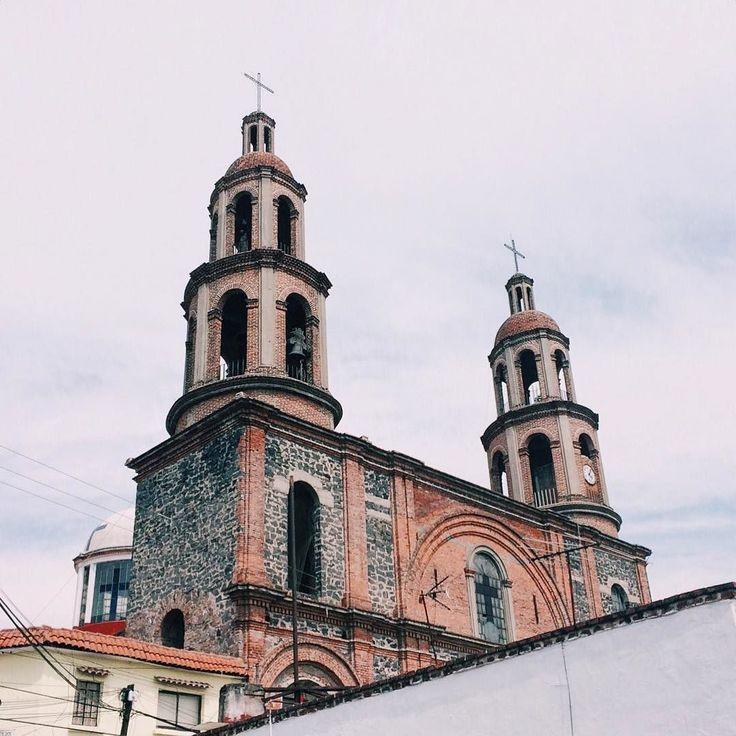"zoegmz: ""Materialización de la espiritualidad. . |  Parroquia de la Sagrada Familia Ciudad de México. ___ #VSCO #VSCO_DF #VivaMexicoMx #FanDeLaCultura #Turismo_Mexico32 #MexicanosCreativos #Mexico #NatGeoMx #CDMX #IgersCDMX #Church #BeginnersMx #PasionXMexico #Mexico_Great_Shots #Loves_Mexico #Instagram #Ig_Mexico #WU_Mexico #Mextagram #Mexigers #Vive_Mexico #Icu_Mexico #Loves_VSCOLifeStyle #Mexico_Maravilloso #PrimeroLaComunidad #HallazgoSemanal #Instagrames #Loves_MexicoDF #TalentosMex…"