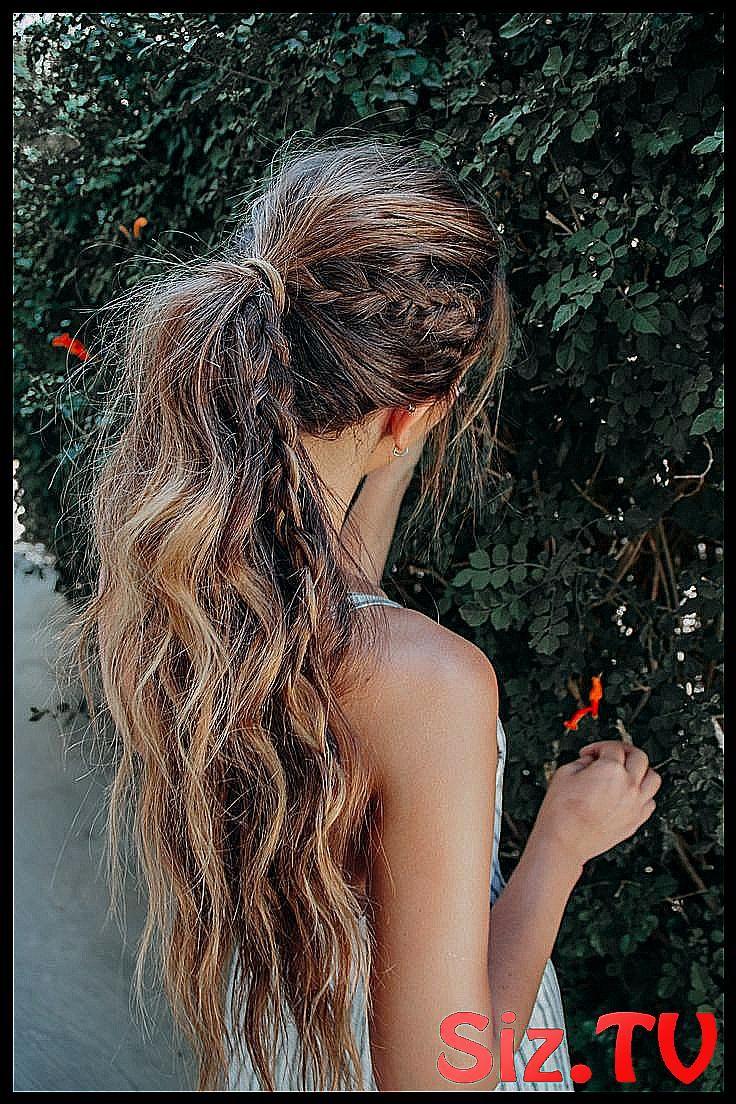 high ponytail bohemian hairstyle for long hair wit #beac #beach #Blog #bohemian #boho