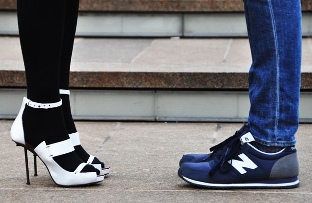 Great shoes. Great photo.: Power Couple, Boys Meeting Girls, Balance Sneakers, Sneakers Heels, New Balance, White Heels, Beautiful Tips, Girls Style, Tommy Ton