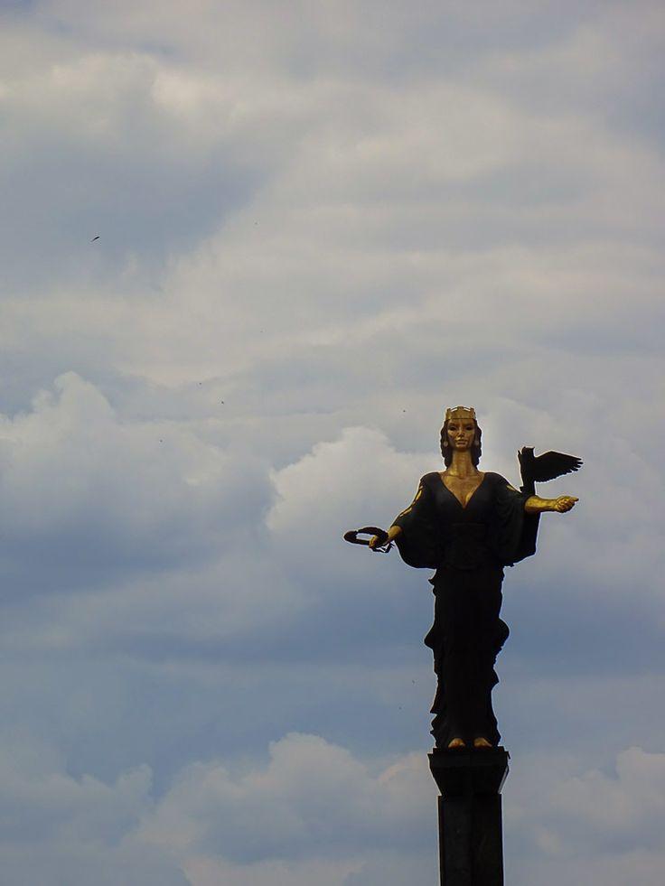 Quick-Travel-Guide-to-Visiting-Sofia---Saint-Sofia-Monument