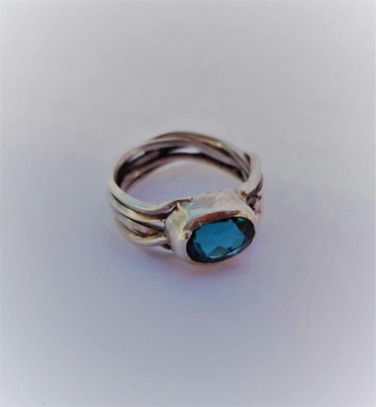 anillo, plata 950, engaste de Danilo Colipi