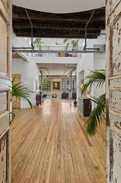 In Castleberry Hill Mega Loft Used In Tv Films Targets A Whopping 2 85m Fire Doors Modern Loft Commercial Real Estate