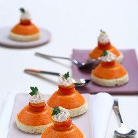 Piccole bavaresi ai peperoni - Scuola di cucina | Donna Moderna