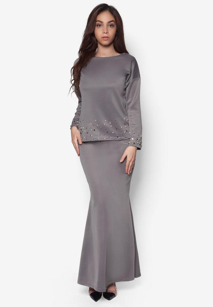 Baju Kurung : New RekaReka  Pearl Detail Baju Kurung Moden  #RekaReka #RekaRekaMalaysia #RekaR…