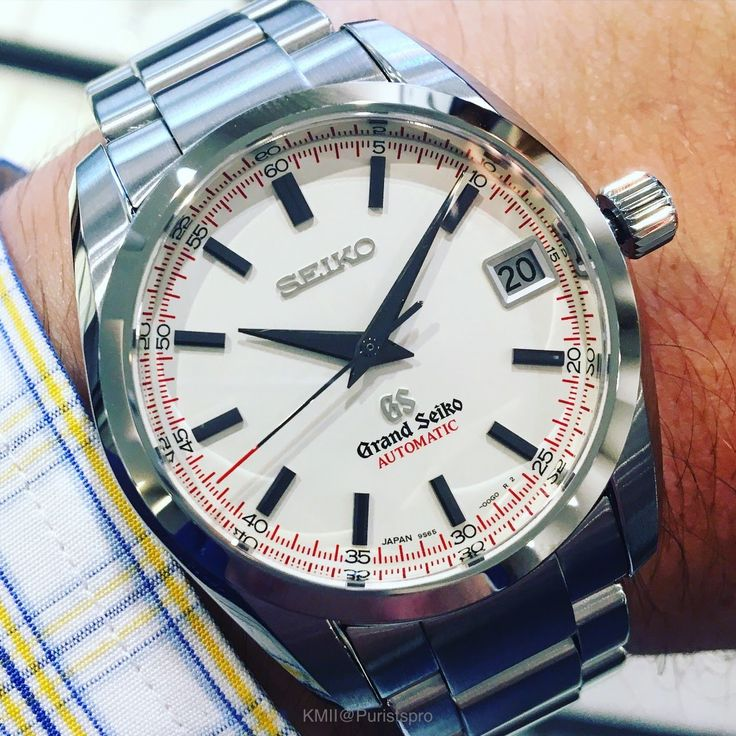 A surprise at the AD the Grand Seiko SBGR071 en 2020