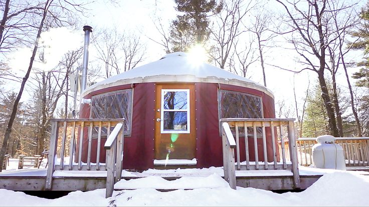 Off-Grid Yurt Tour: A Tiny House Alternative... - http://www.ecosnippets.com/environmental/off-grid-yurt-tiny-house-alternative/