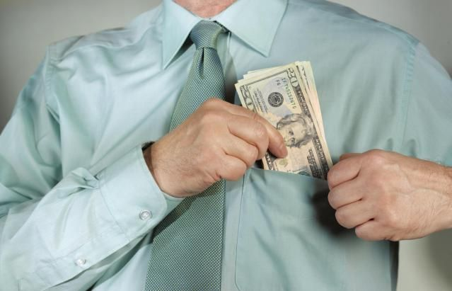 The Scoop On ROTH IRAs - Are Withdrawals Tax-Free or Not?: Roth IRAs can help put tax-free money in your pocket.