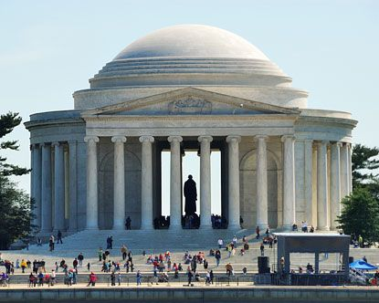 Jefferson Memorial;  http://www.destination360.com/north-america/us/washington-dc/washington-dc-monuments