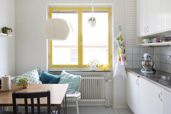 SIljansvägen Åsa COpparstad yellow dots kitchen kitchenaid fantastic frank
