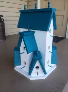 Beautifully Handcrafted XTRA Large Birdhouse! 360 Degree Views!!! by TheFlowerPotbyJen on Etsy