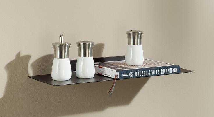 die besten 17 ideen zu wandregal metall auf pinterest b cherregal aus metall etagere metall. Black Bedroom Furniture Sets. Home Design Ideas