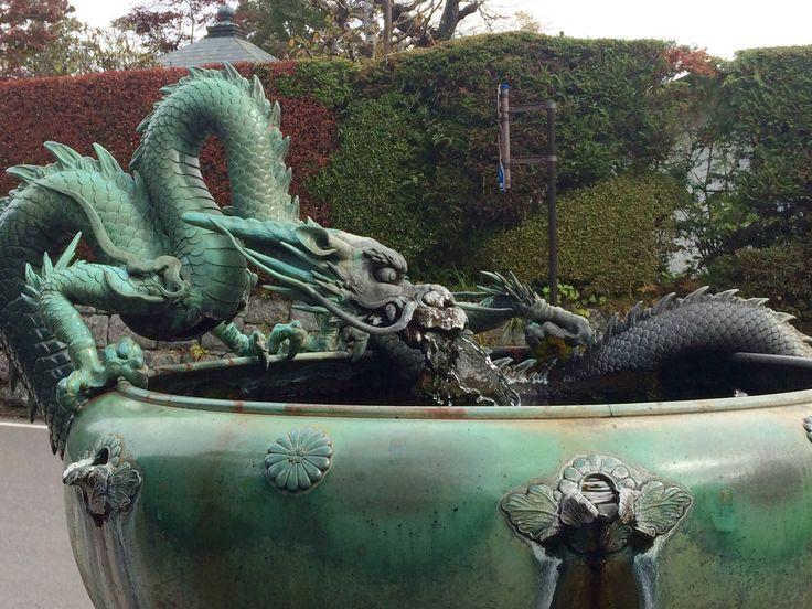Wasserspeier Brunnen am Senso-Ji Tempel in Taitō Japan