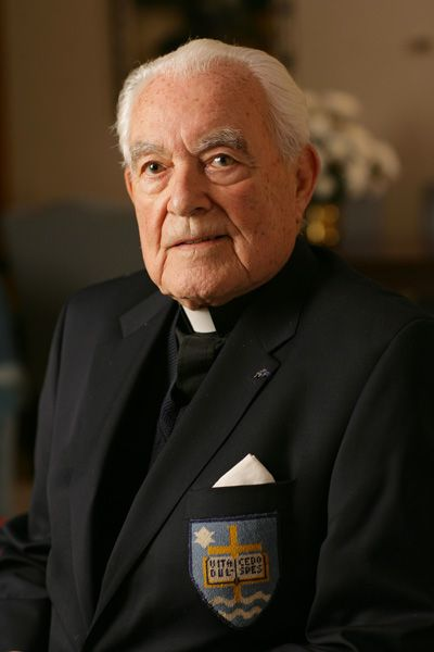 Holy Cross College remembers Fr. Ted Hesburgh, C.S.C.